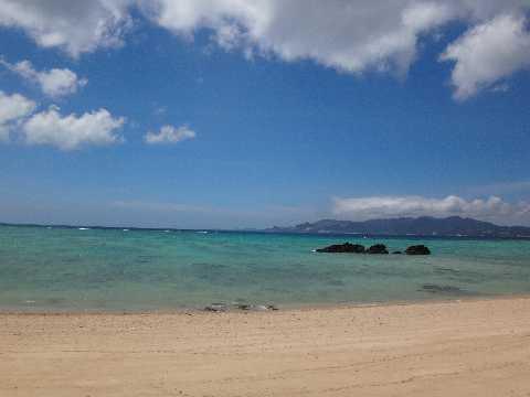 名護市民ビーチ 砂浜と海1.jpg